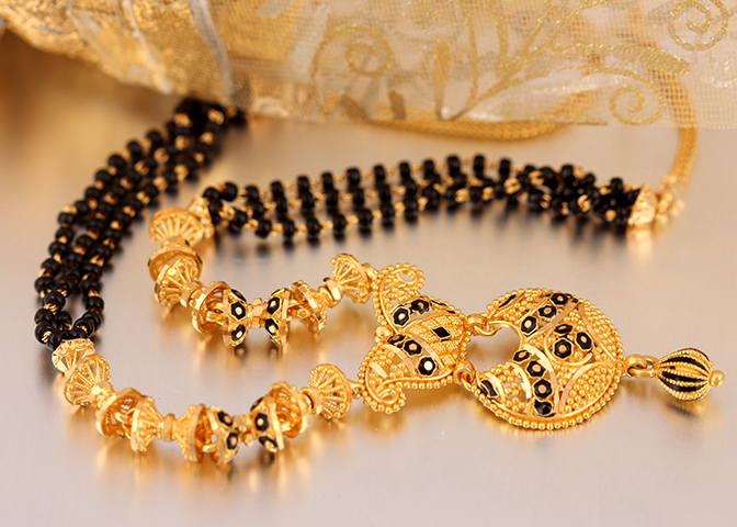 bb578abb16 History of Indian Jewellery goes back to ancient era and the gold Jewellery  symbolizes the signs of wealth, culture, religion as well as tradition.